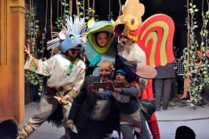 Фото на память. Юбиляр и герои оперы для детей «Теремок» А. Кулыгина.