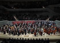 Уральский филармонический оркестр и Симфохор в Эльбской филармонии_1